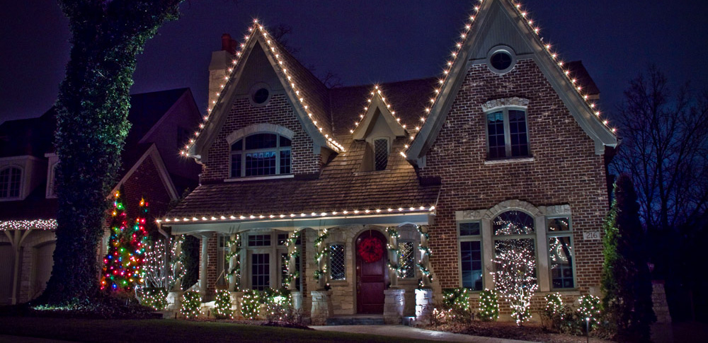 free - Install Christmas Lights